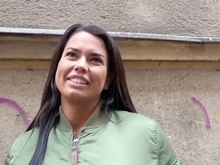 GERMAN SCOUT - Teeny Chloe mit MEGA Titten bei Strassen Casting gefickt Anal gefickt