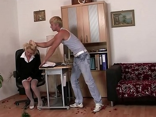 Mart wife in unchangeable takes rough banging