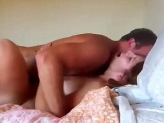 amateur hot babe getting multiple orgasm