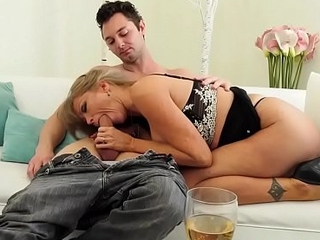 Big titted granny Darla Crane perceive on a hard youthful meat