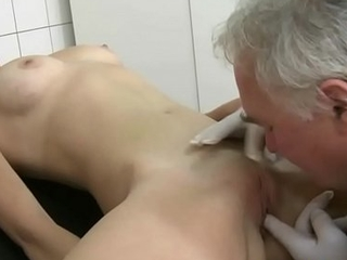 Teen patient drilled by an age-old doc