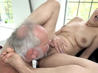 Fresh pussy rim concerning Grandpa dick